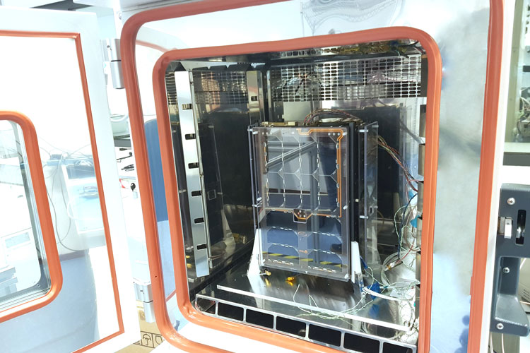 Thermal cycling 6U cubesat