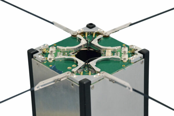 3U antenna system
