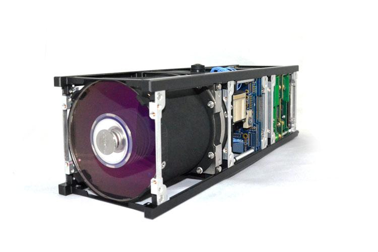 3U cubesat platform Simera camera