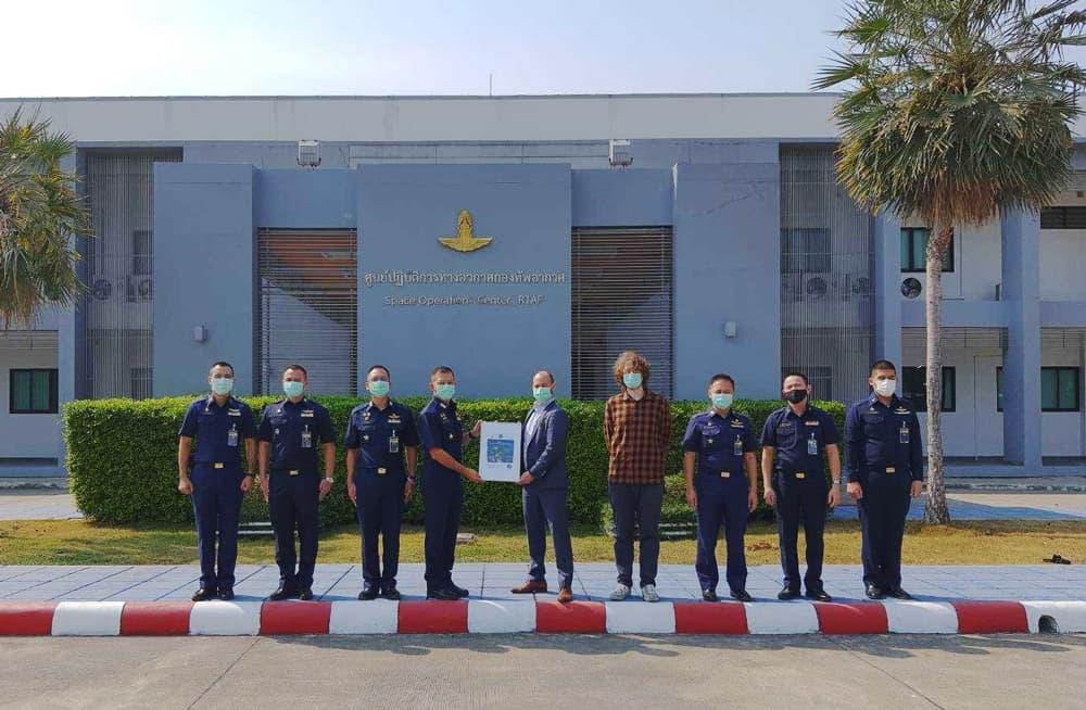rtaf royal thai airforce team isispace